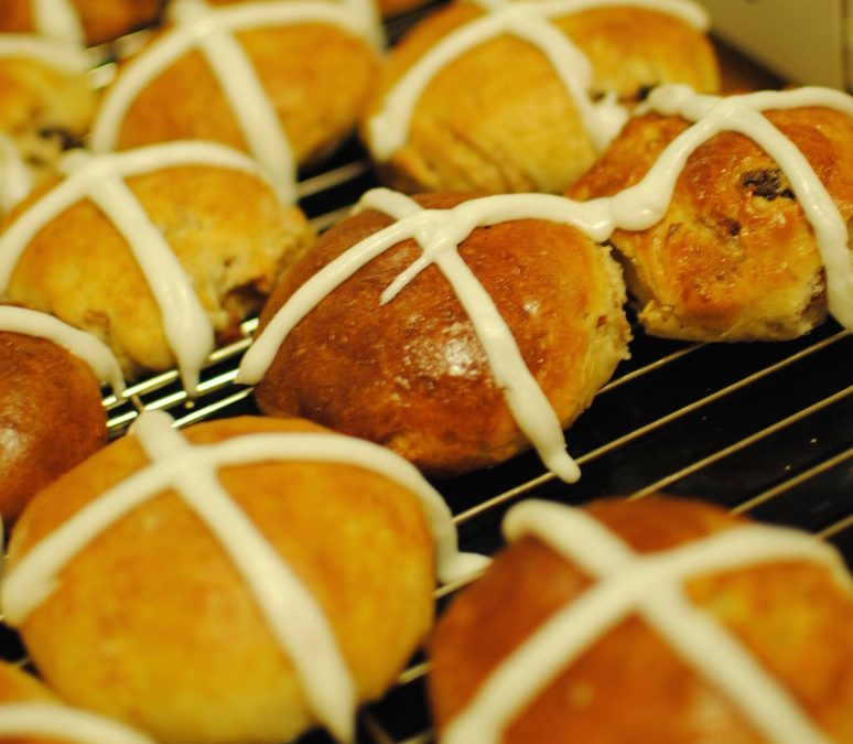 Eat This: Easter's Hot Cross Buns